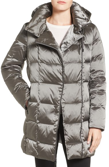 KENNETH COLE NEW YORK Iridescent Down & Feather Fill Coat