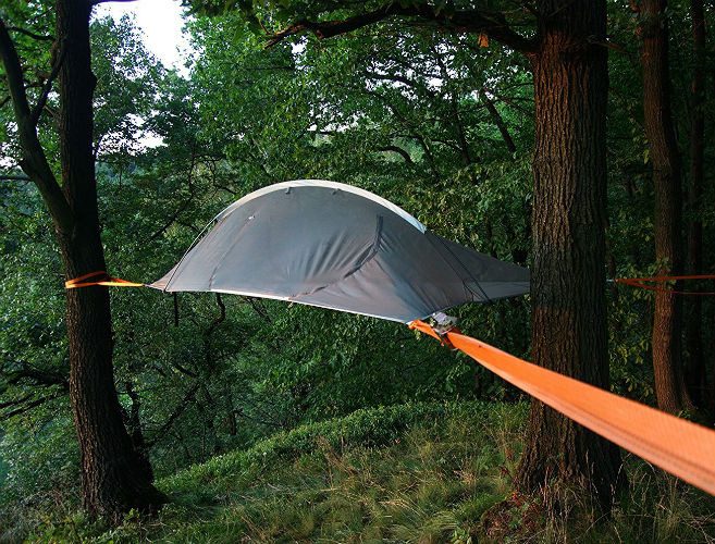 Apache Naki 2-Person Camping Tree Tent