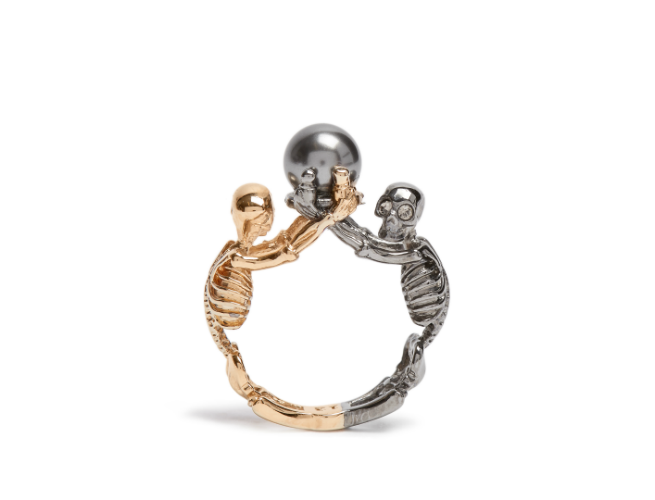 Alexander-McQueen fashion jewelry skeleton ring