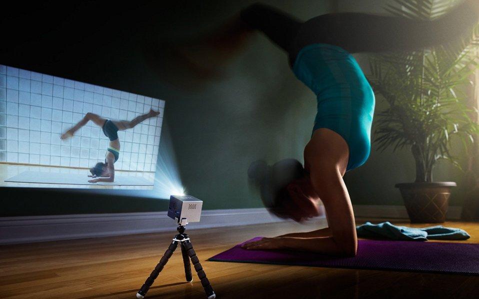 portable mini projector amazon