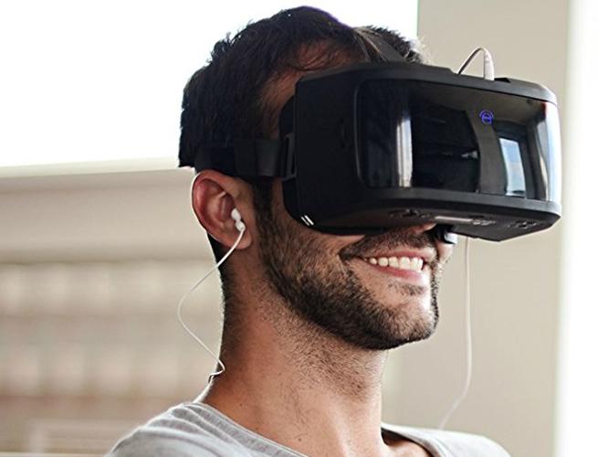 Virtual Reality Goggles: AuraVisor VR Headset