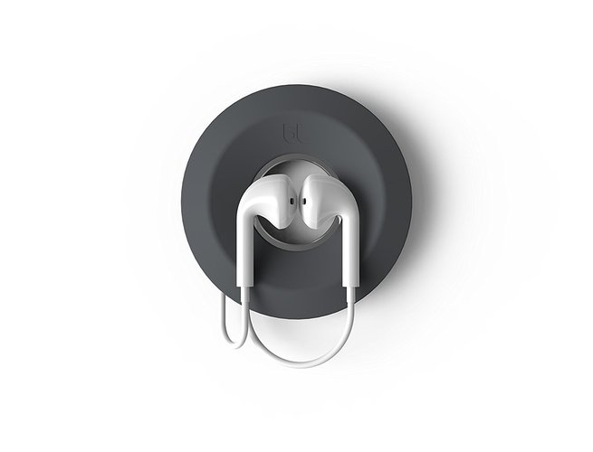 Untangle Your Earphones and Cords With