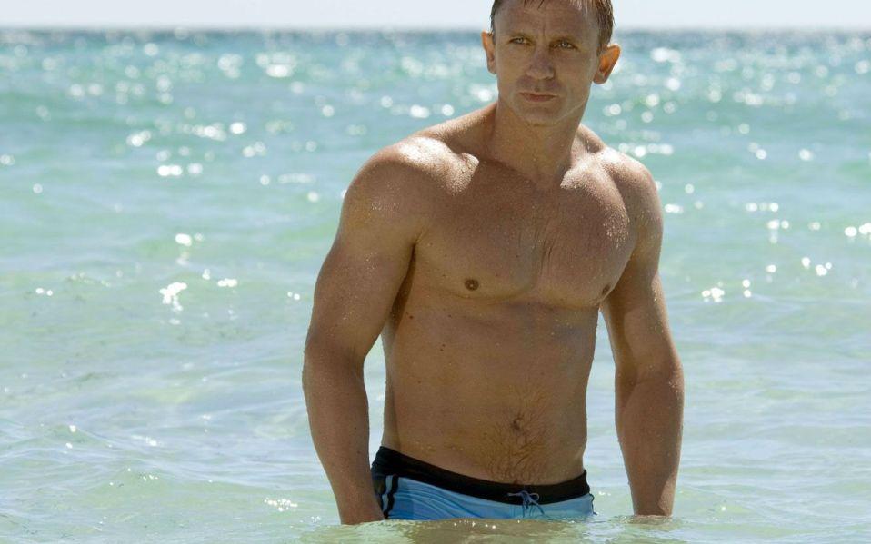 Daniel Craig James Bond Body