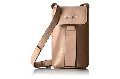 Kenneth_Cole_Reaction_RFID_Blocking_Bag