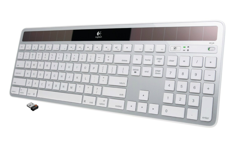 This Wireless Keyboard Uses Solar Power