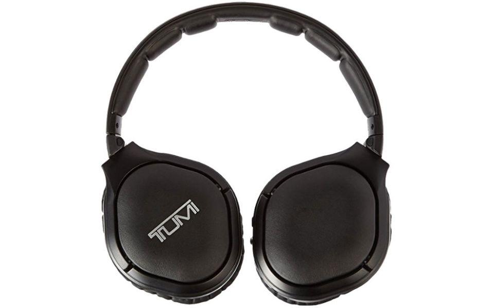 noise cancelling headphones tumi