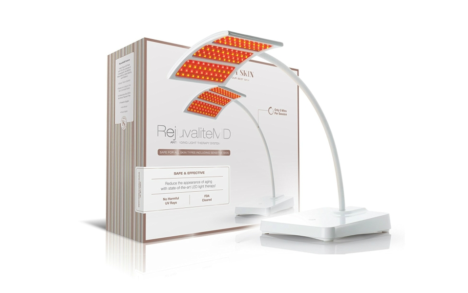 This Anti-Aging Light Therapy Treatment Targets