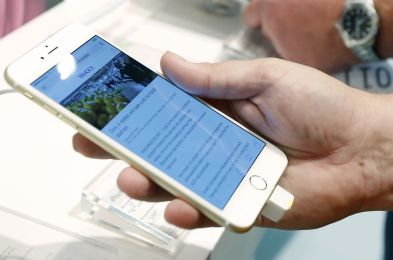 TEC-Digital Life-Choosing A Phone Plan, Flowood, USA