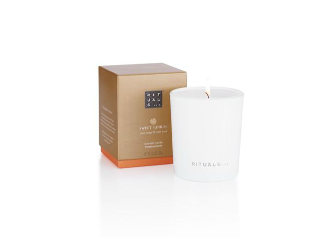 This Rituals Warm Scented Candle Can