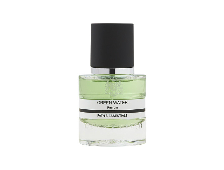 Green Water Cologne: A French Cologne