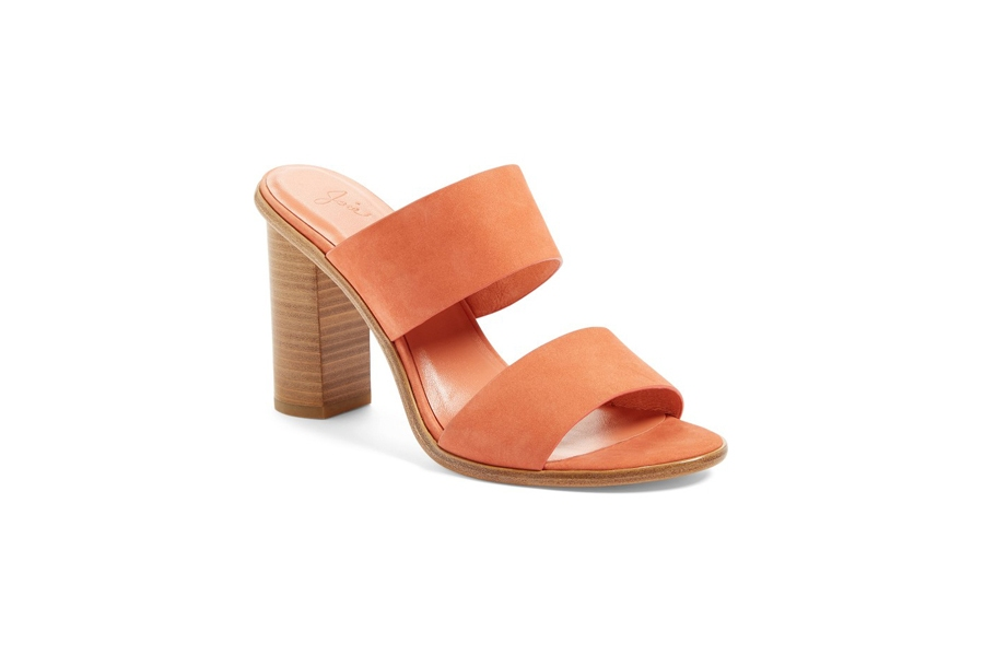 These Leather Heeled Sandals Style in