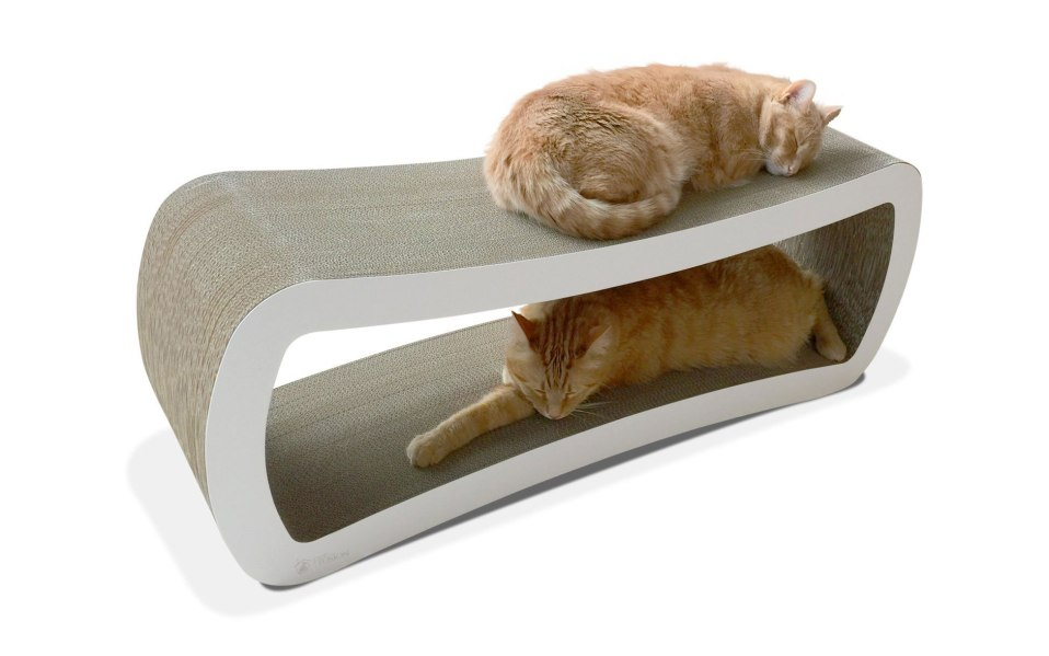 scratching post PetFushion jumbo cat lounger