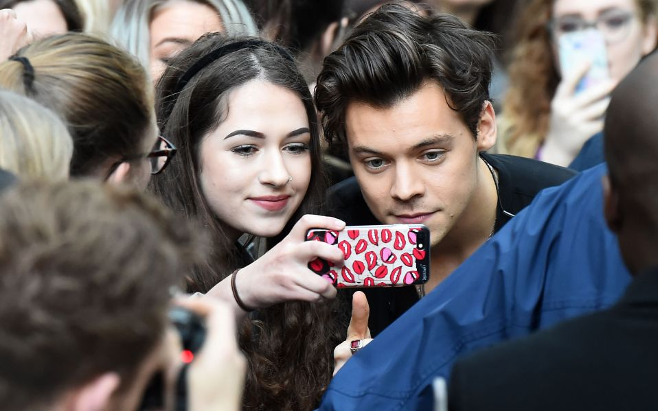 Harry Styles Fans Are Using VPNs