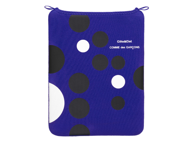A Stylish iPad Sleeve From Comme