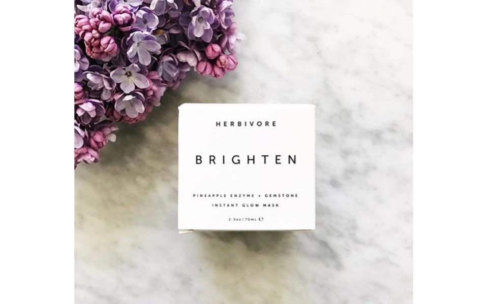 A Skin Brightening Facial Mask With