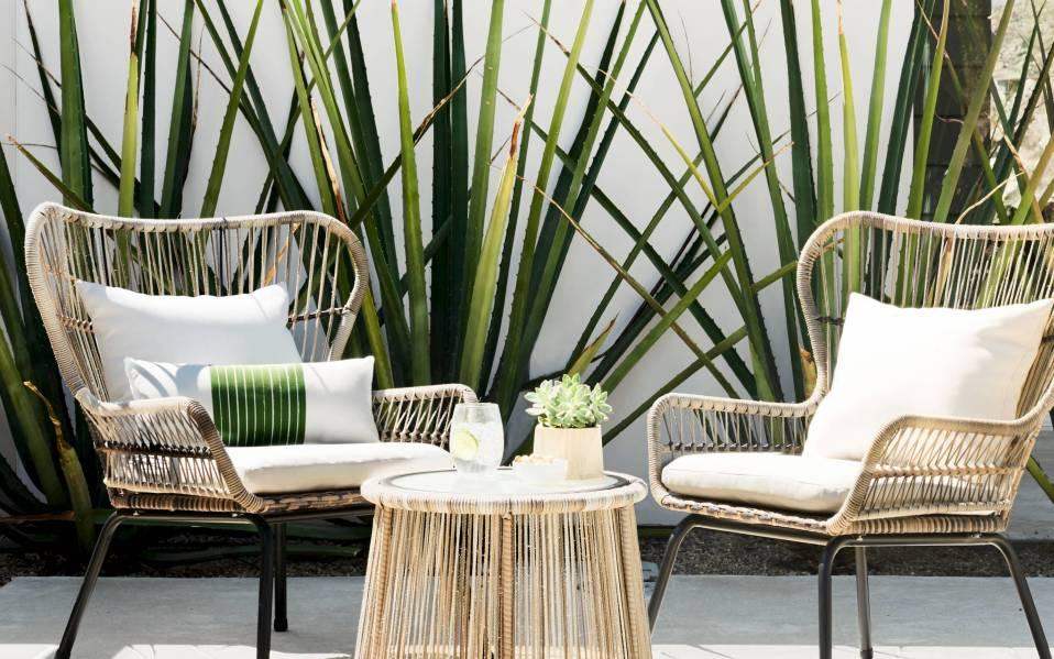 Latigo's Threshold Patio Set: Lounge in