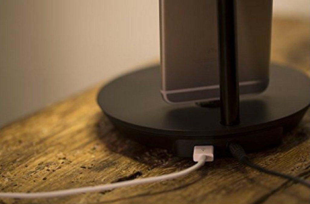 NuAns CONE iPhone Lightning Charging Dock