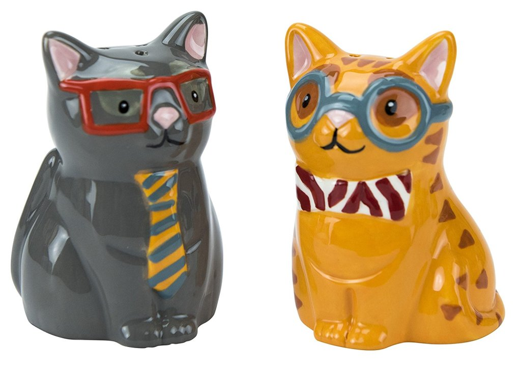 cat Salt and Pepper shakers shakers