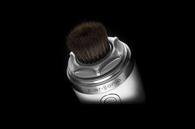 Clarisonic-Makeup-Brush-2
