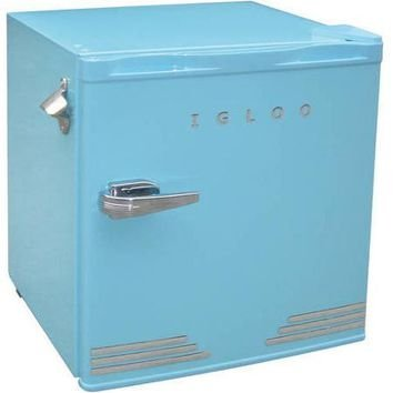 retro igloo mini fridge