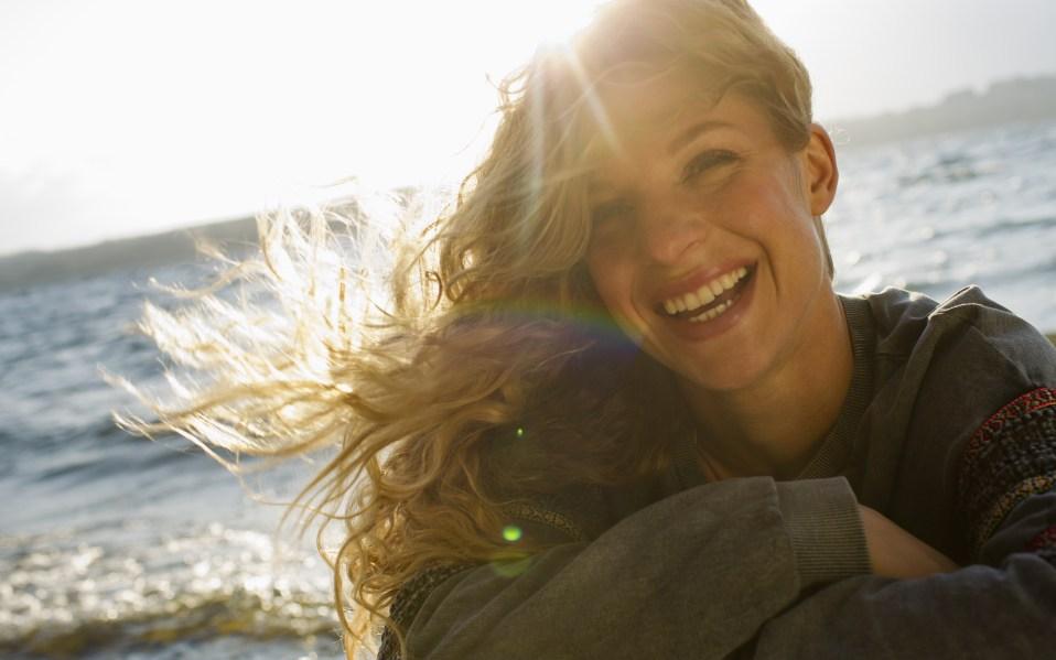 LumaBella Cool Mist Hair Straightener: A