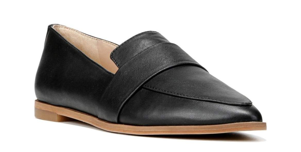 Pointed Toe Flat Dr. Scholls
