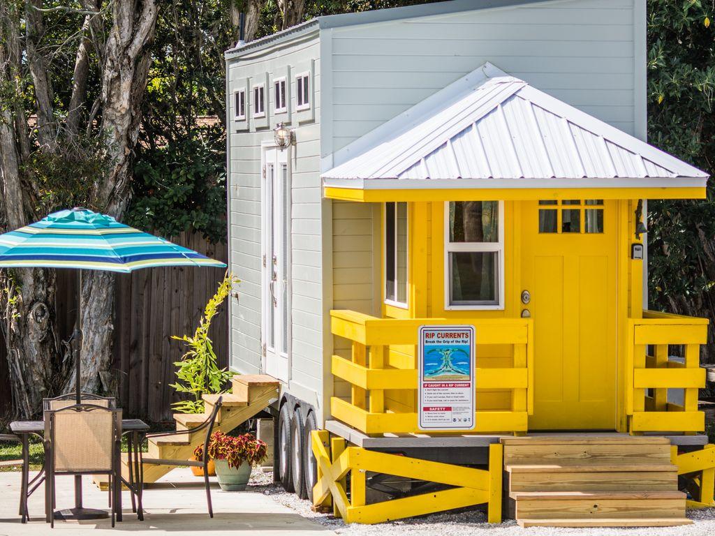 Sarasota VRB Lifequard rental