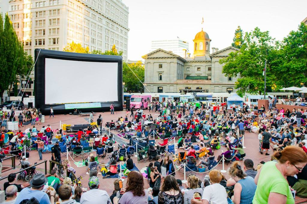 flicks on bricks pioneer courthouse square portland outdoor movies