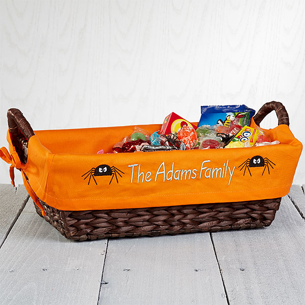 Halloween decorations 13 ways to personalize decor candy basket liner
