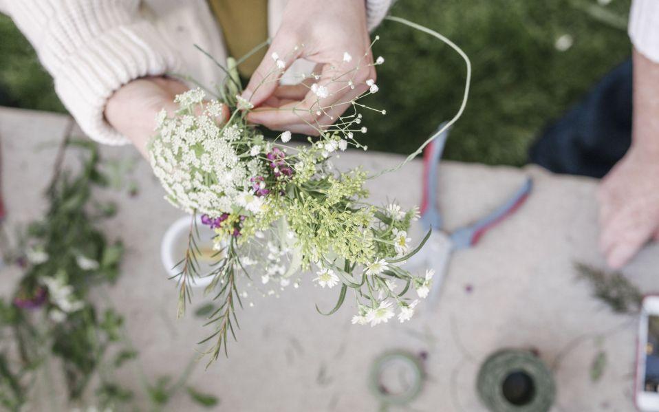 floral arranging tips