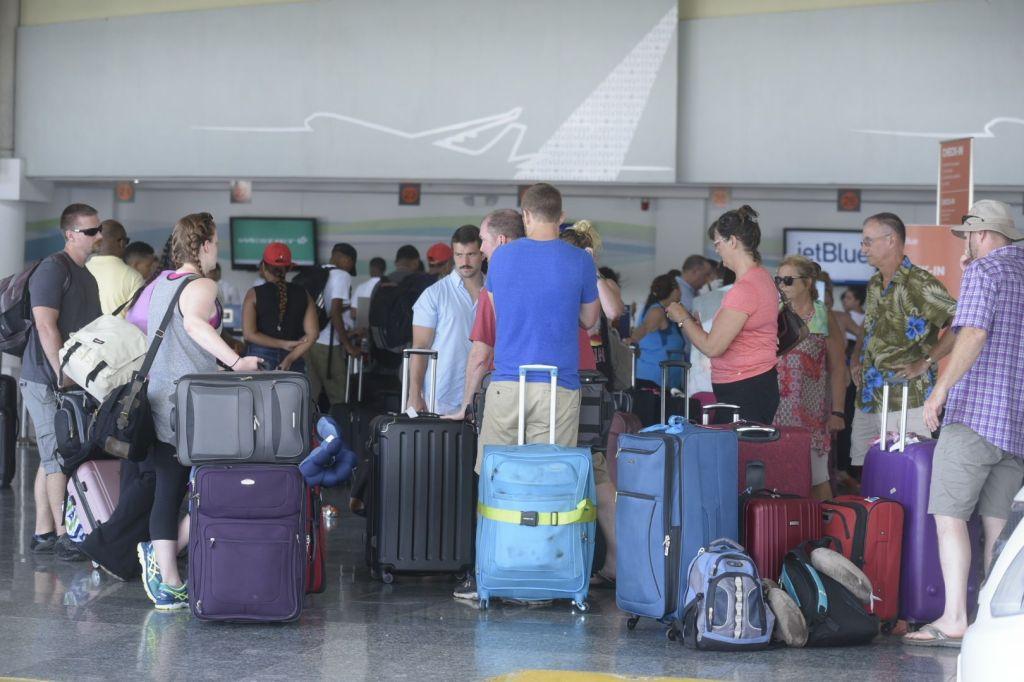 hurricane irma airport lines