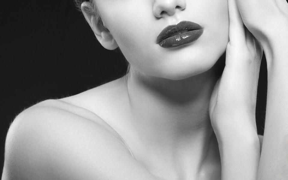 gray lip