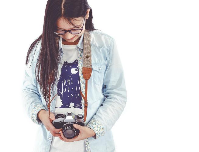The 6 Best Camera Straps Under