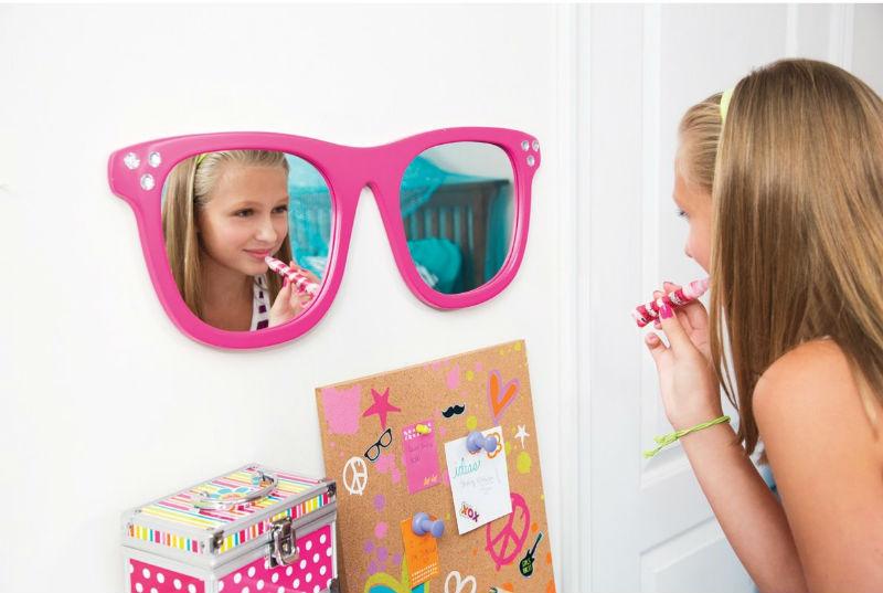 Fields Sunglass Mirror by Zoomie Kids