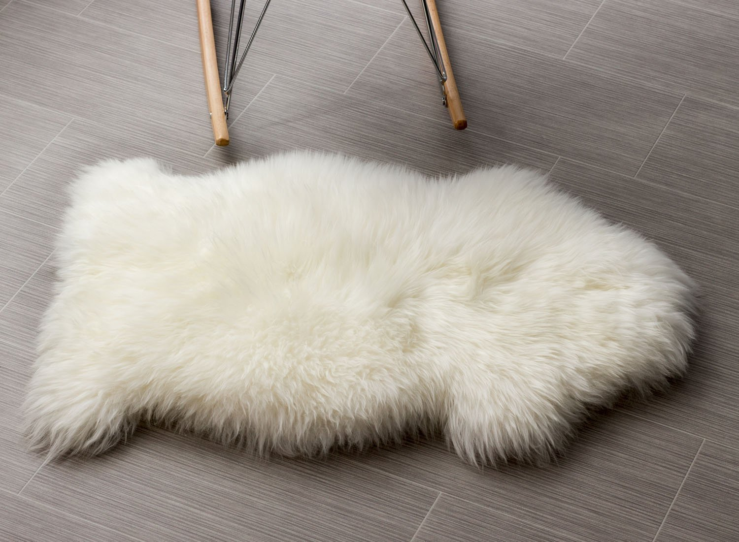 Super Area Rugs Sheepskin Rug