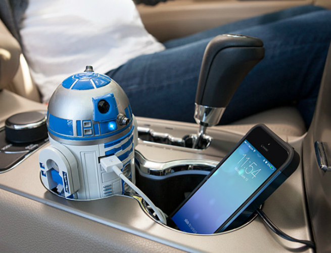 This R2D2 USB Car Charger is