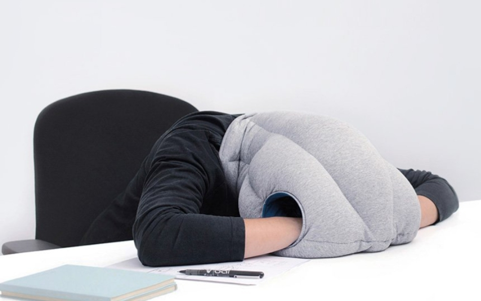 Ostrich Nap Pillow Review: How to