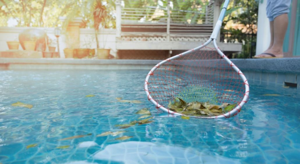 how to clean pools