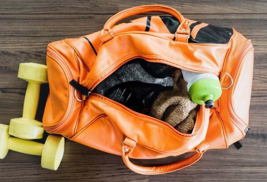 gym bags essentials men
