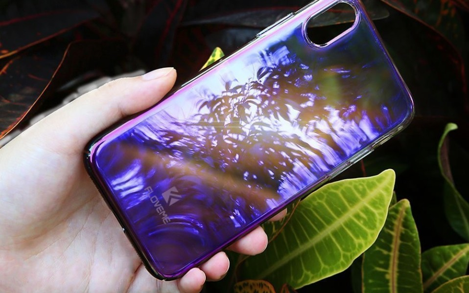 iPhone x case color changing