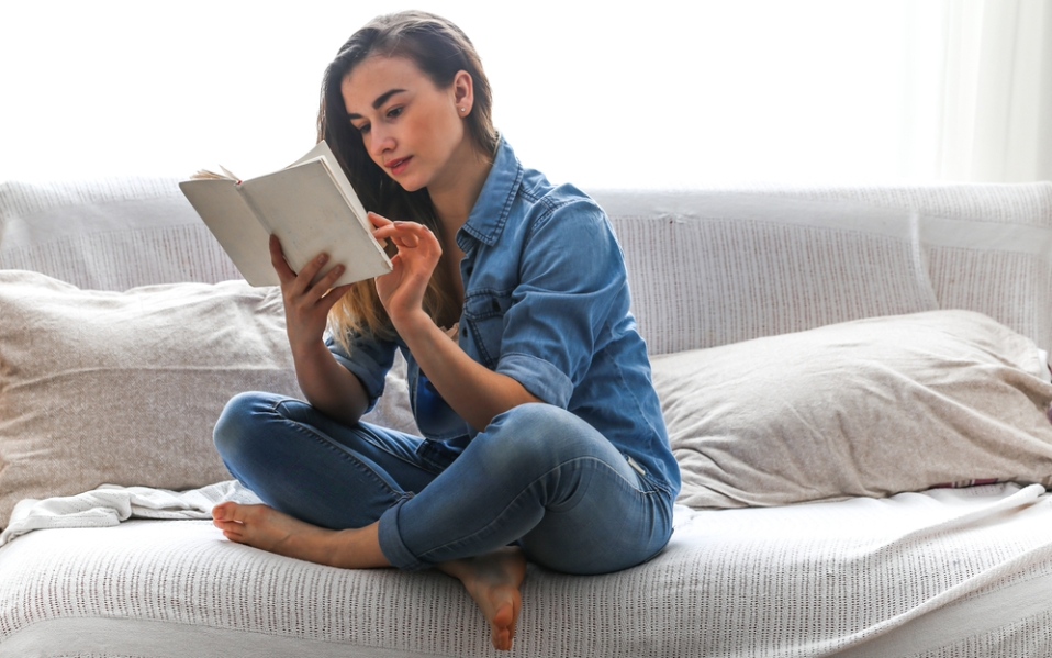reading self-help books morning