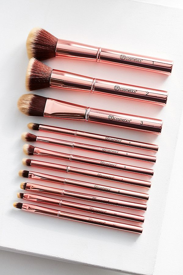 bridesmaid gifts under $50 bh cosmetics makeup brush set