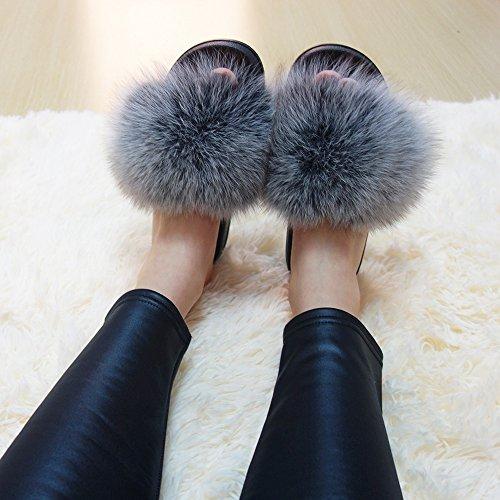 Manka Vesa Slip On Sandals