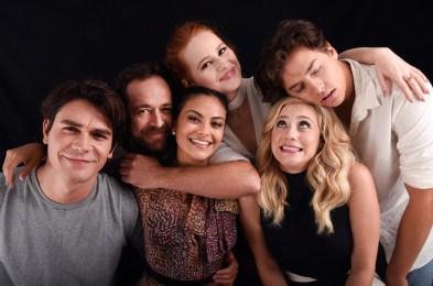 cast of riverdale best pics