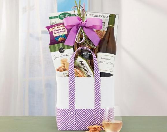 Little Lakes Chardonnay Gift Basket