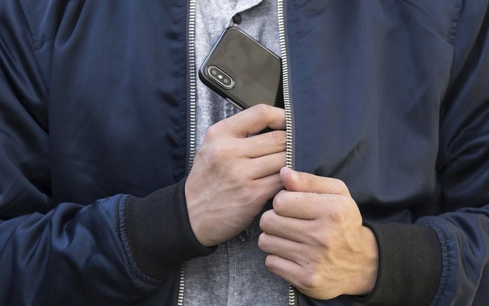 jet black iphone case amazon