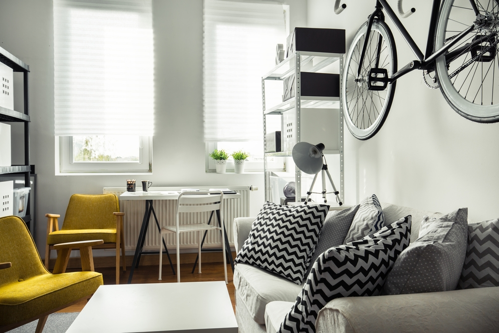 The Best Home Decor Hacks For Dorm Rooms & Small Studio ...