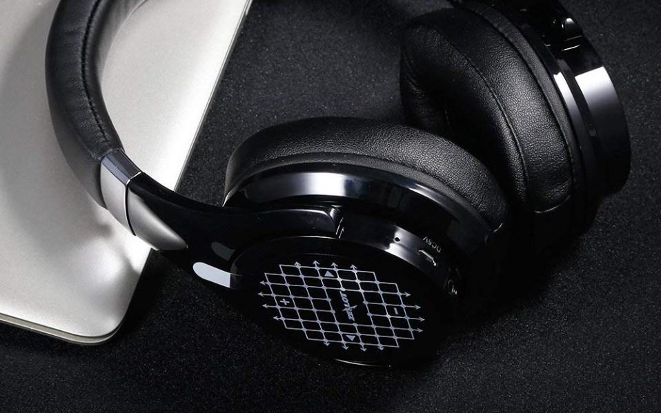 touch control headphones amazon