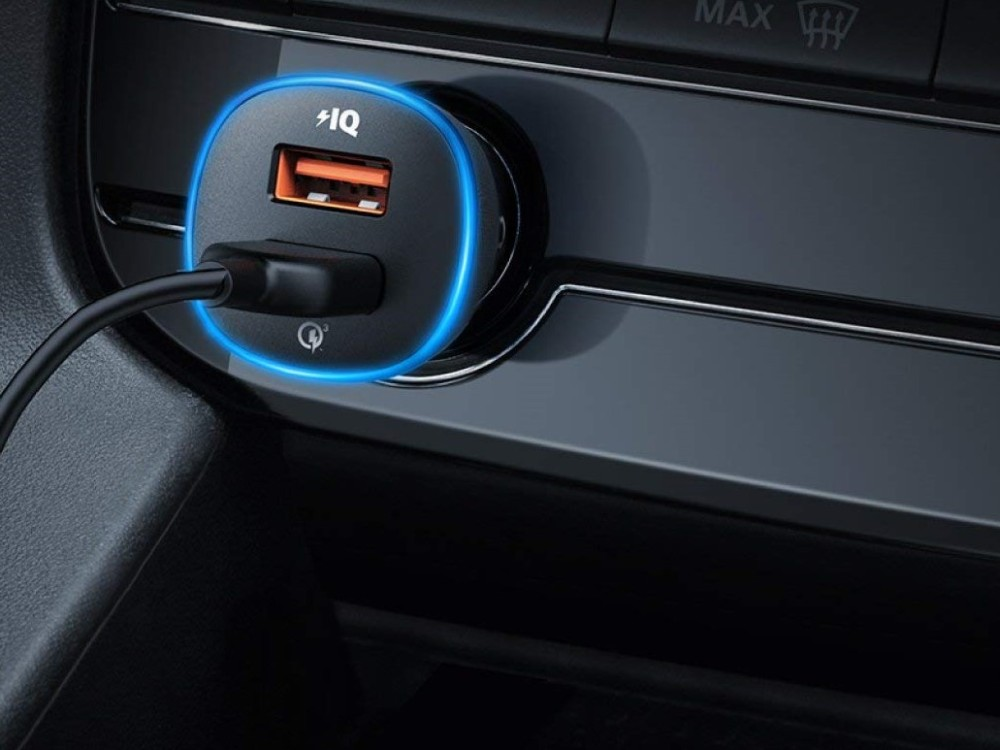 This $20 Car Charger Remembers Where You Parked and Tells You When Your Car Battery's About To Die