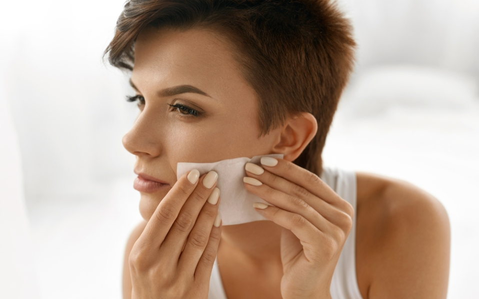 Oily Skin Fix Best Blotting Papers For Greasy Skin Spy